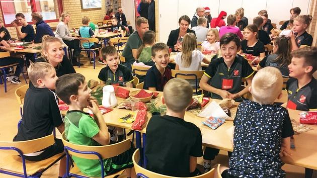 Børn og voksne julehygger